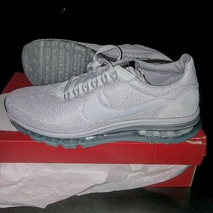 Men's Nike Air Max LD Zero (Size 11) NWT